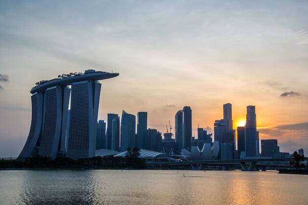 Singapore city downtown sunset Premium Photo