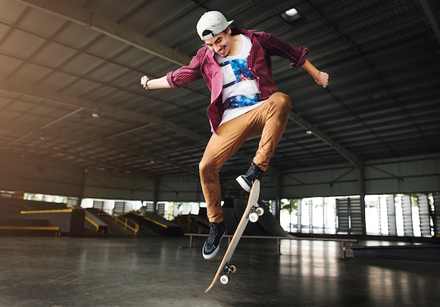 Skateboarding practice freestyle extreme sports concept Premium Photo