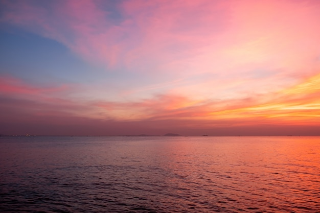 Sky in pink, blue and purple colors Premium Photo