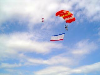 Skydivers , male Free Photo