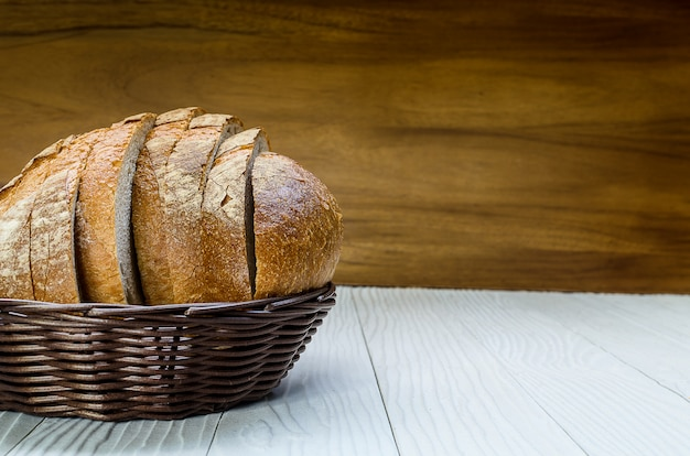A sliced pain de campagne au levain Premium Photo