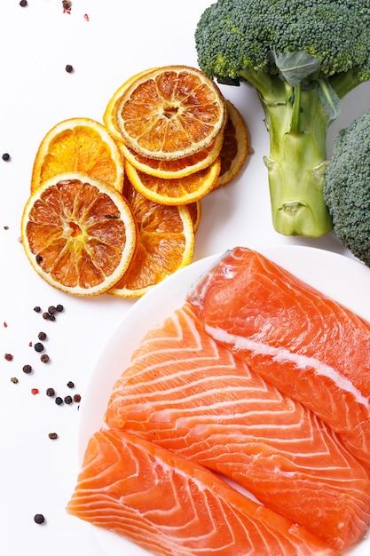 Sliced, raw salmon Free Photo