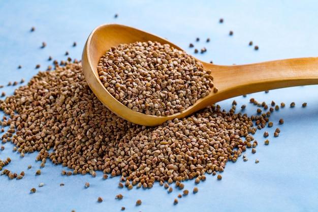 ダイエット、slim身、健康食品用のそば穀物 Premium写真