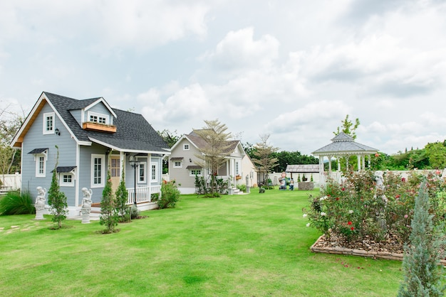 A small home tuscany style on beautiful sky Premium Photo