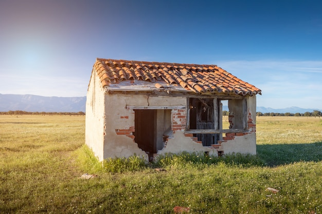 Small Old House With The Roof Collapsed Premium Photo