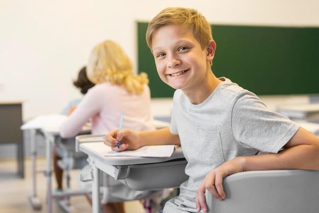 Faccinaio in classe Foto Gratuite
