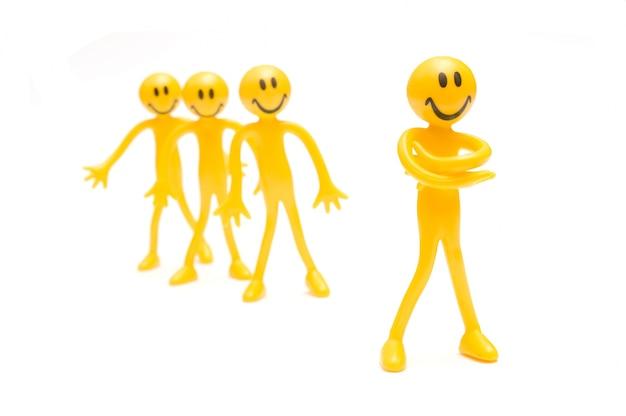 Улыбаясь желтые тряпичные куклы Бесплатные Фотографии