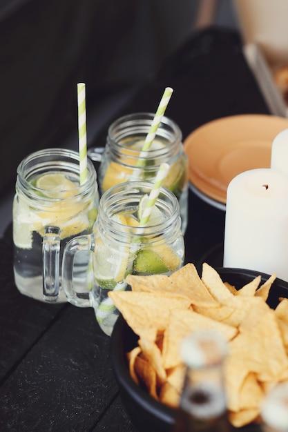Snack e bevande al bar Foto Gratuite