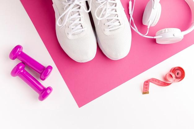 Misuratore di pesi per sneaker e cuffie Foto Gratuite