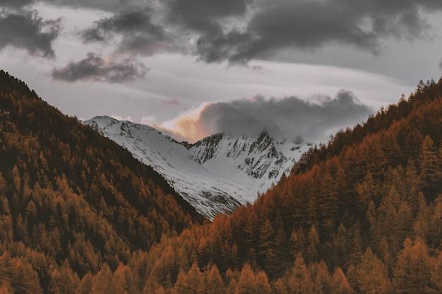 Снежный горный пейзаж Бесплатные Фотографии
