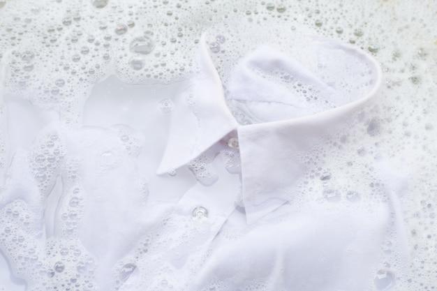 Soak  cloth before washing Premium Photo
