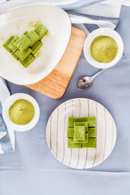 Soft chocolate green tea Premium Photo