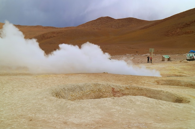 Sol de manana or the morning sun geothermal area in sur lipez province, bolivia Premium Photo