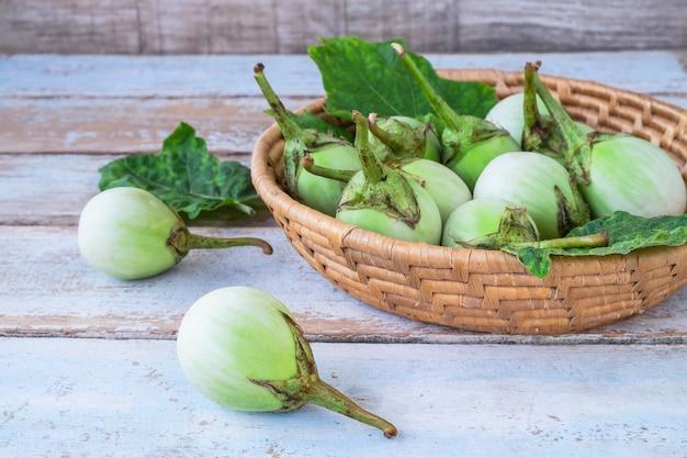 Solanum laciniatum in the basket Premium Photo