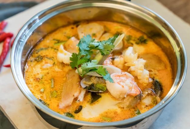 Sour seafood soup or tom yum seafood 1339 4747
