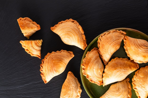 South east asia origin food concept homemade chicken curry puffs Premium Photo