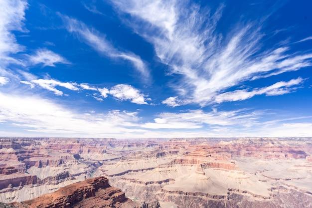 South rim of grand canyon Premium Photo