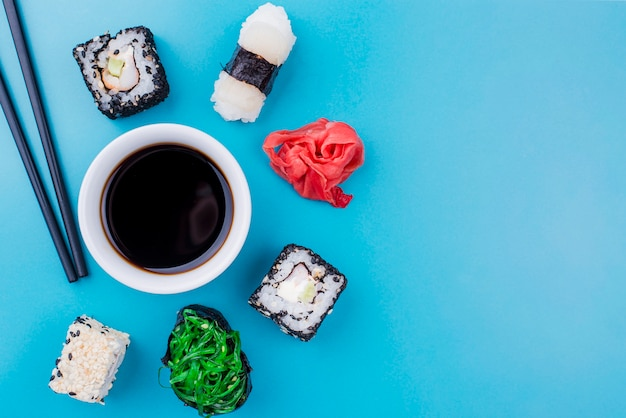 巻き寿司醤油 無料写真