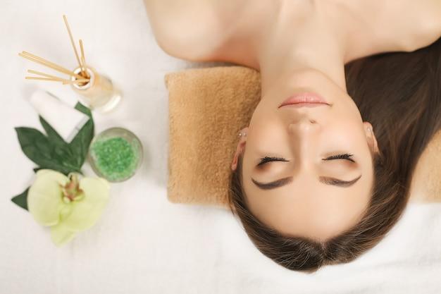 Spa relaxation, woman body care Premium Photo