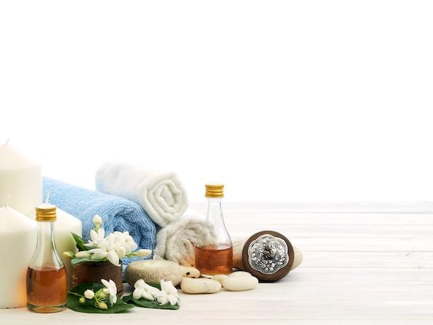 Spa setting on white wooden background Premium Photo