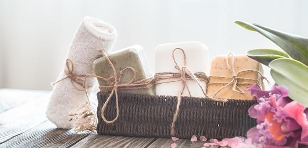 蘭とスパ石鹸組成 無料写真