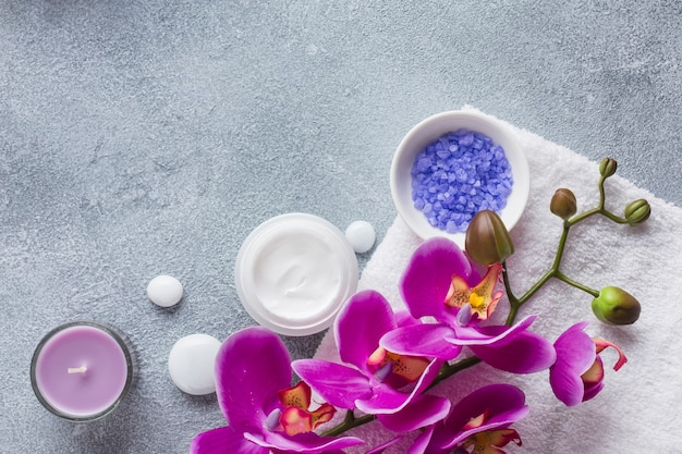 Spa still life with beauty products Free Photo