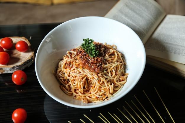 Spaghetti alla bolognese Foto Gratuite