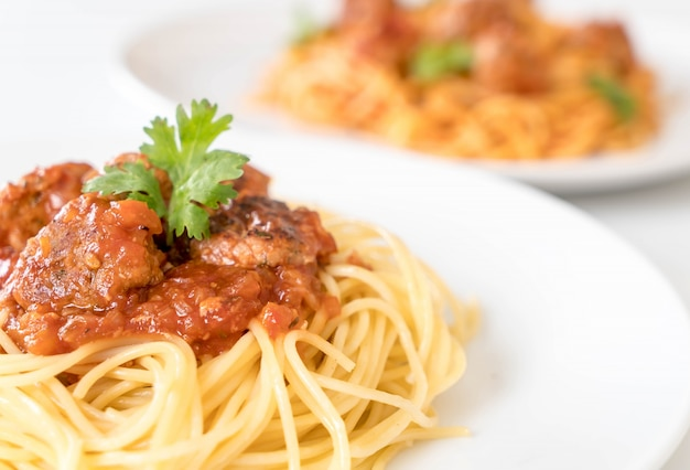 Spaghetti and meatballs Free Photo