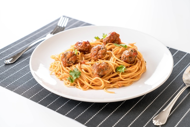 Spaghetti and meatballs Free Photo