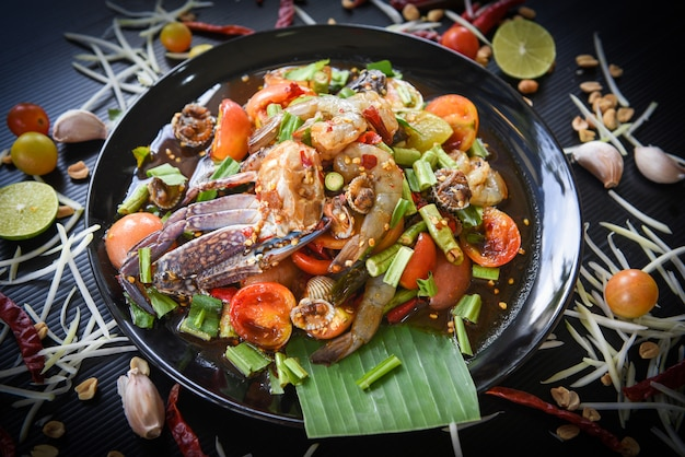 Spicy seafood salad with fresh shrimps Premium Photo