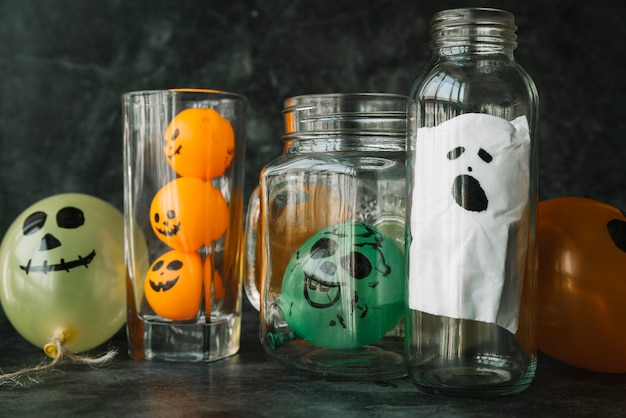 Spooky handmade decorations for halloween Free Photo