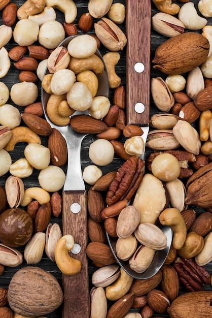 Ложки с начинкой из орехов Бесплатные Фотографии