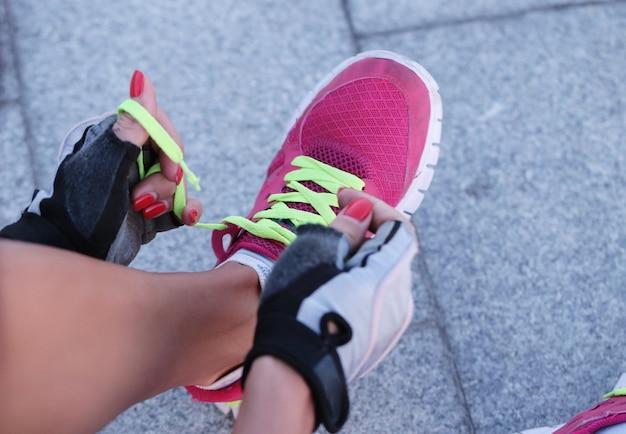 Sport outdoor, donna, scarpe Foto Gratuite