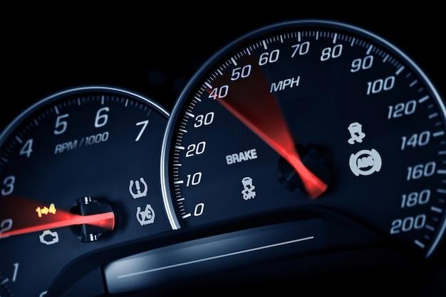 Sporty speedometer Free Photo