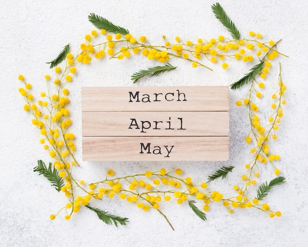 Spring months tags on table Free Photo