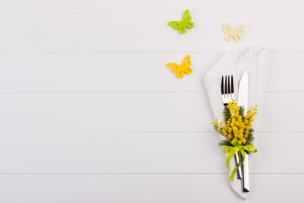 Spring table setting Premium Photo