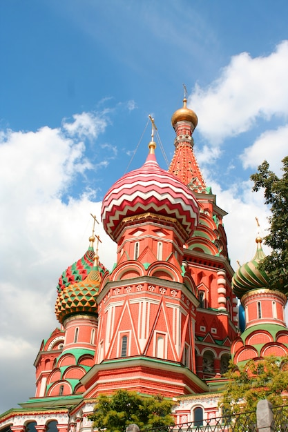 The st basils cathedral on red square in moscow Premium Photo