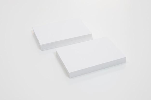 Стеки пустых визитных карточек Premium Фотографии
