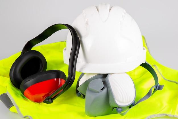 Standard flat lay safety construction equipment Premium Photo