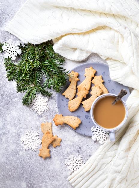 Star shaped christmas cookies Premium Photo