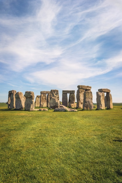 Stonehenge an ancient prehistoric stone monument near salisbury, uk, unesco world heritage site. Premium Photo