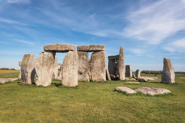 Stonehenge an ancient prehistoric stone monument near salisbury, uk, unesco world heritage site. Premium Photo