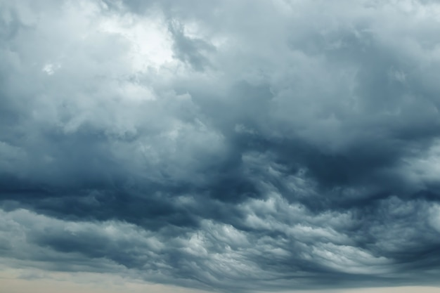 Storm clouds with contrast between dark gray and white Premium Photo