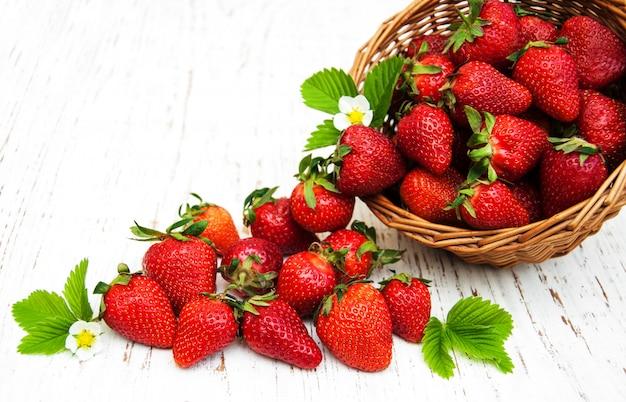 Strawberries in a basket Premium Photo