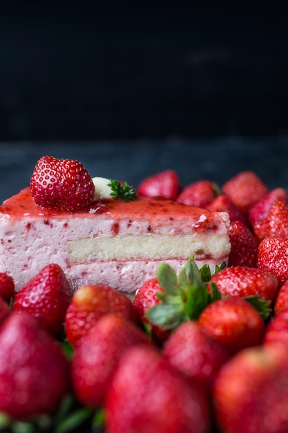 Strawberry Cake Images Download : Strawberry Cake Photo Free Download