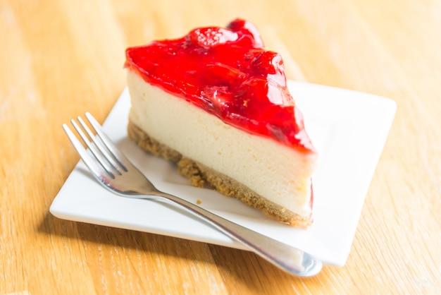Strawberry cheese cakes Free Photo