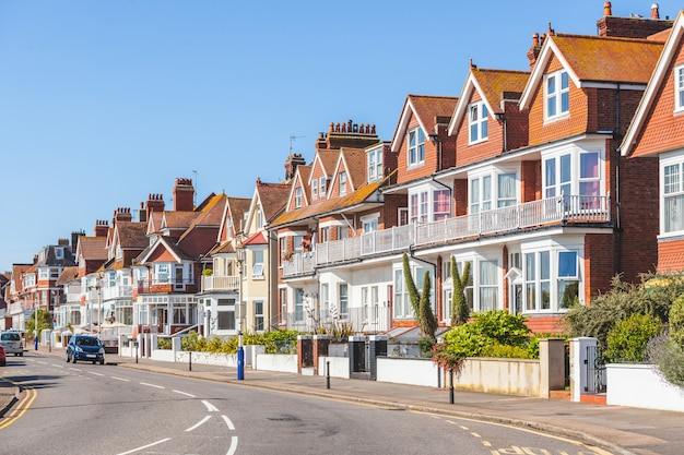 Street in england with typical houses Premium Photo