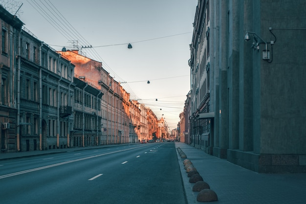 Street of the historical center of st. petersburg. an empty city without people Premium Photo
