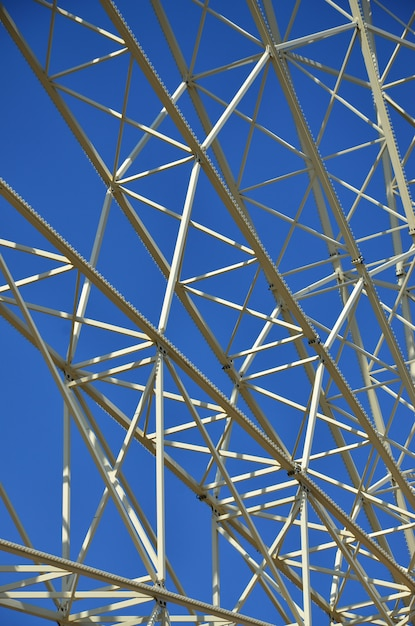 Structural details of a ferris wheel in an amusement park Premium Photo