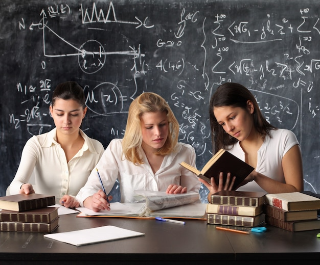 Students studying in a classroom Premium Photo